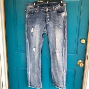 Gently worn Rock & Republic jeans